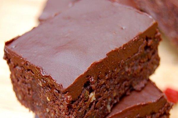Veganska-čokoladna-torta-sa-pomorandžom